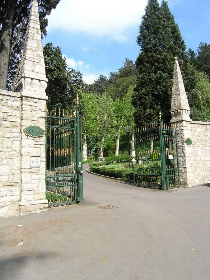 Castel Montecchio Park Entrance